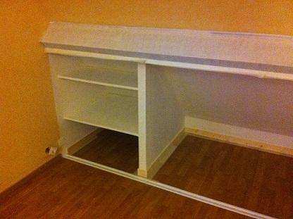 cr ation de placard sous pente de toit entreprise de peinture fleurier beauvais oise. Black Bedroom Furniture Sets. Home Design Ideas